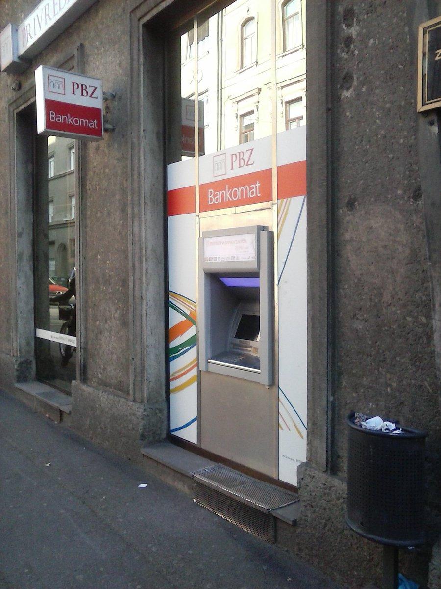 Cajero bancario Zagreb