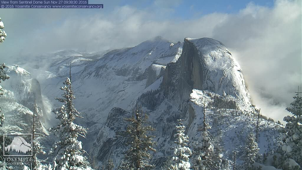 The amazing beauty of @YosemiteNPS right now courtesy of the @YoseConservancy webcams.  Too pretty not to share. :) https://t.co/fbw93oFmCG