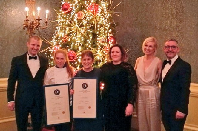 Congratulations @WalshMaeve and @REST_FortyOne on tonight's win @EurotoquesIrl #youngchef2016 #YCOTY https://t.co/ExZ5czPZuH