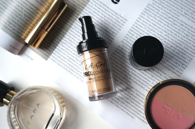LA GIRL PRO COVERAGE HD HIGH DEFINITION LONG WEAR ILLUMINATING FOUNDATION REVIEW + SWATCHES
