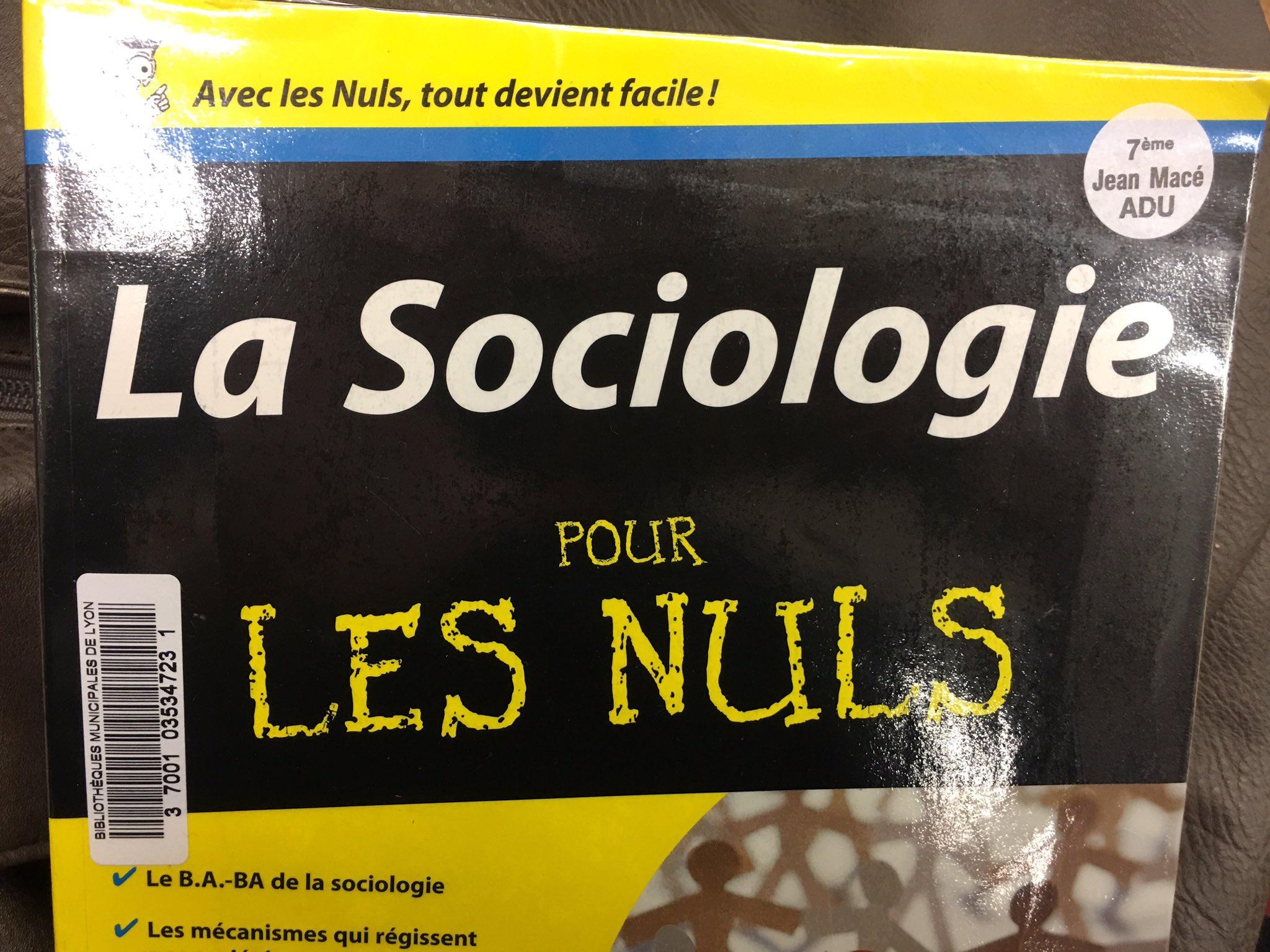 La sociologie, on aime on aime pas, on comprend ou pas : l'important, c'est la base !! 😃🤓 https://t.co/hHIseetGqk