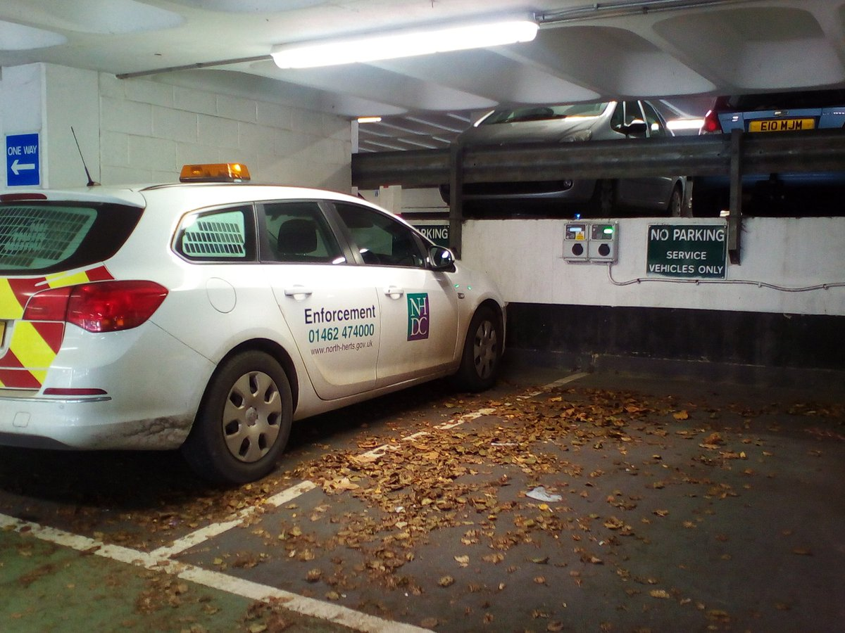 @yplac a definition of irony https://t.co/AYpWkDLonw