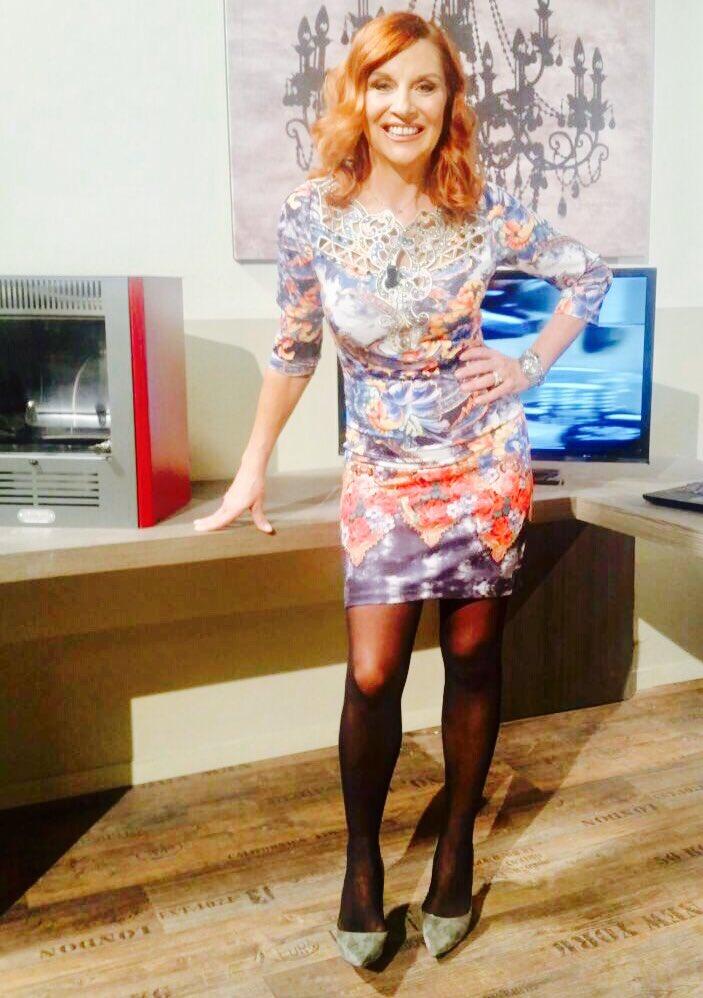 Patrizia rossetti on twitter buon inizio settimana for Patrizia rossetti cosce