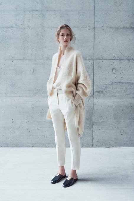 How To Rock The Effortless, Minimalist Look