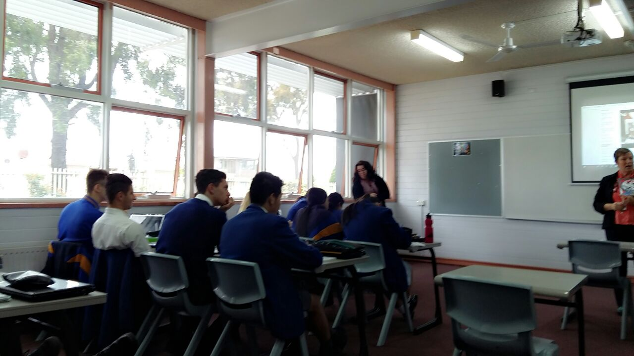 @BRIDGEschools @AsiaEducation  Biduan language teacher observing Jo Durst y12 English @SMC_Epping https://t.co/G0LfHbk49q