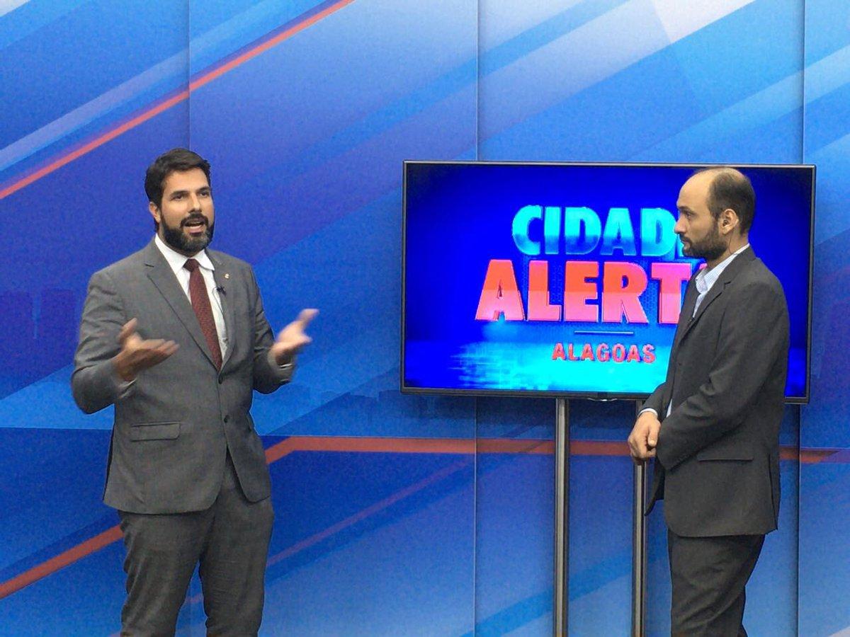 #CorrupçãoNão10medidasSim ao vivo na TV Pajuçara, Cidade Alerta Alagoas, com Oscar de Melo https://t.co/ndnZTppgzo
