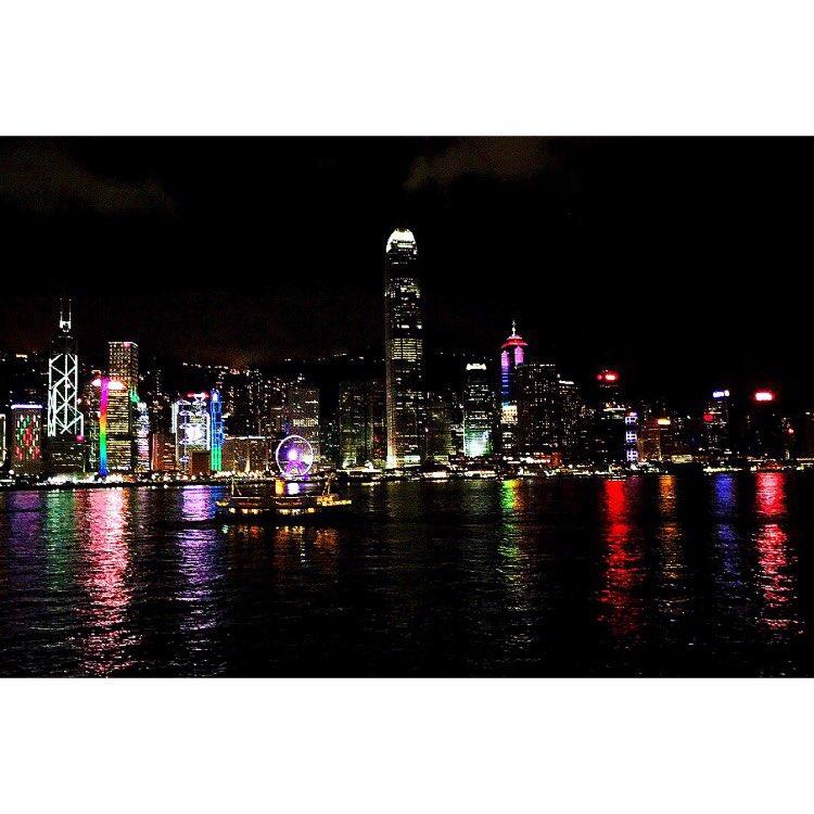 Love this shot from Hong Kong #tb https://t.co/D6AJsnKsJT https://t.co/howZGs1C2a