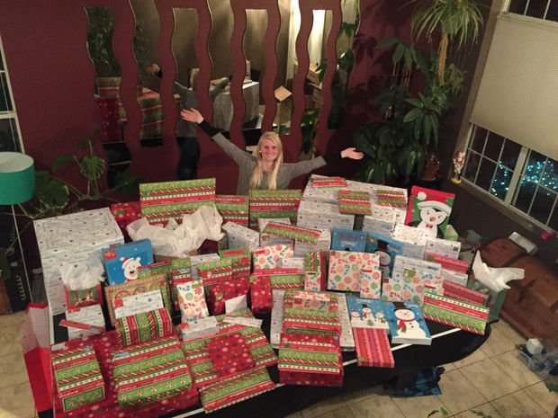Airman adopts 20 Tucson families for Christmas; know someone who needs help? https://t.co/99945en2BY