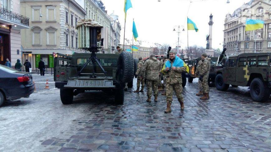 Ukraine troops parade US-gifted counter-mortar radar through Lviv