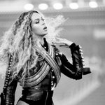 RT @musicnews_facts: Beyoncé and Rihanna are the m...