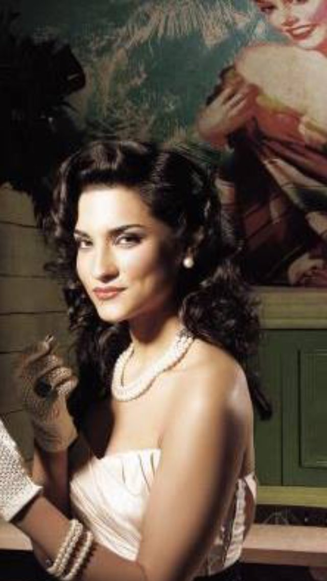 Amber Rose Revah Indian Summers >> Amber Rose Revah - Movies, Biography, News, Age & Photos | BookMyShow