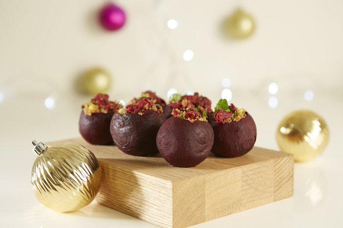 Quinoa and Beetroot Stuffed Beetroot Baubles