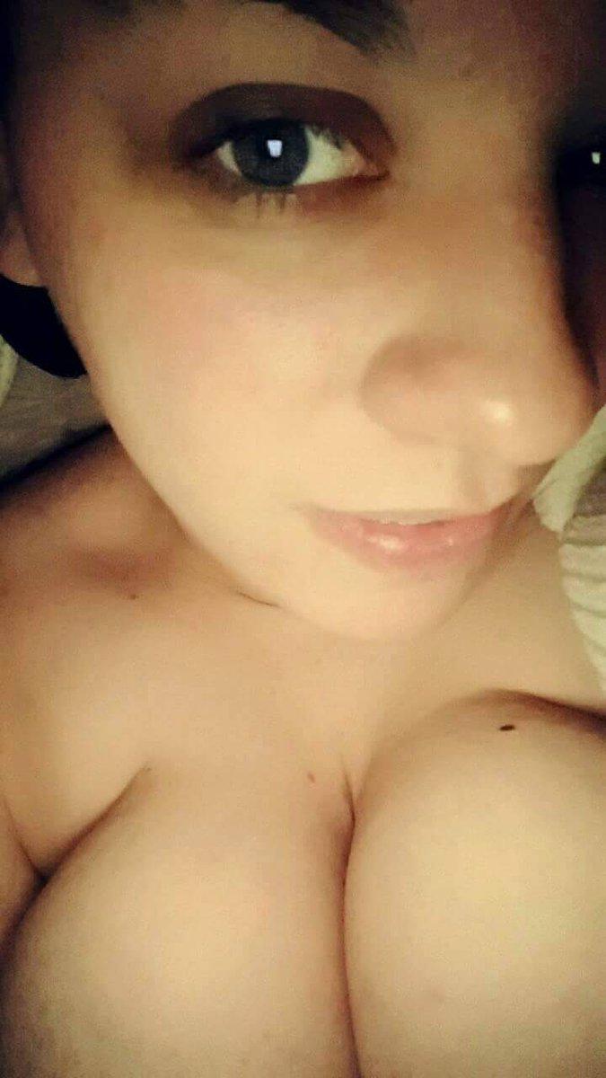 Nude Selfie 9553