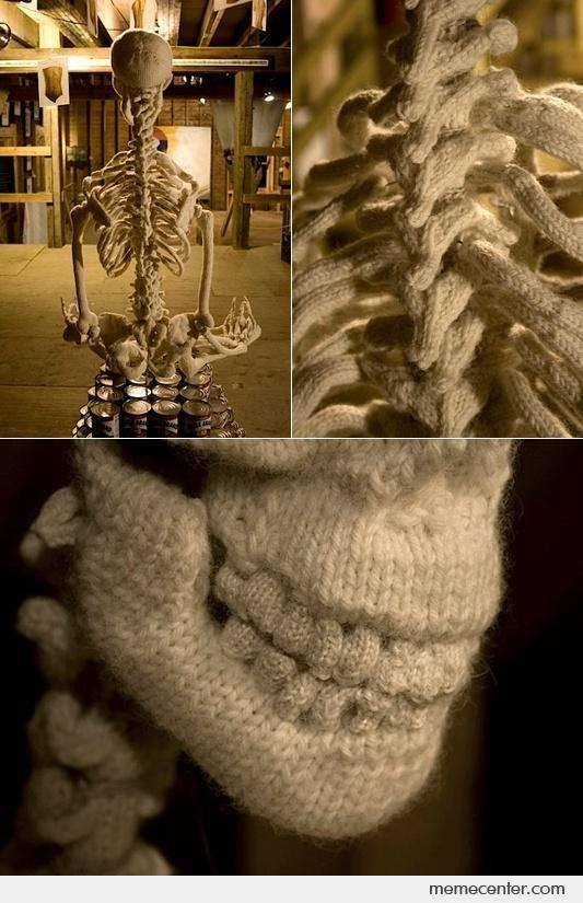 Have you seen the knitted skeleton by artist @Ben_Cuevas It is an amazing piece of work. https://t.co/ORydUNNQ8D
