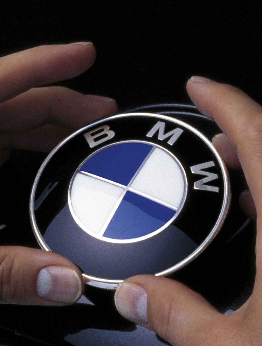 Bmw Indonesia En Twitter In English Bmw May Stand For Bavarian Motor Works In German It Is Originally Bayerische Motoren Werke Ag Bmwfacts Https T Co Pr2nt2i3ww