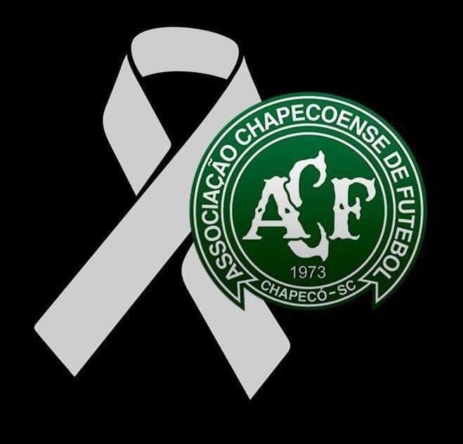 Cayó el avión donde viajaban jugadores de Chapecoense y hay al menos 75 muertos