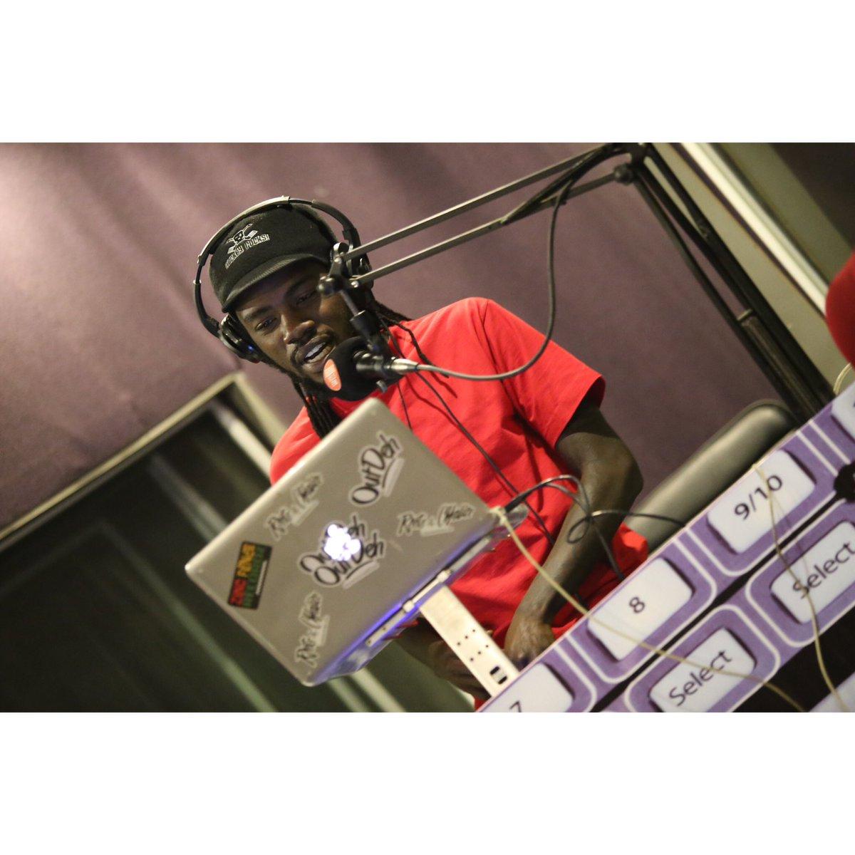 ♠️ Radio Till 12 @homeboyzradio 103.5fm >> New Music    #HenoOnHbr #UptownNights https://t.co/Dp6ahFvBGV