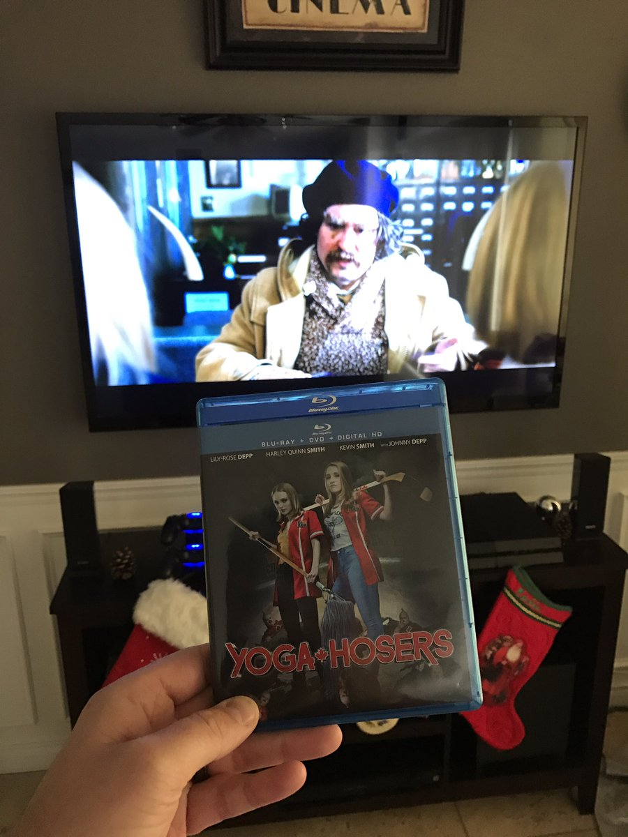 @ThatKevinSmith look what I just picked up. @YogaHosers is now playing! Johnny Depp is hilarious.  #YogaHosers #KevinSmith #comedy https://t.co/iEJKlYfthK
