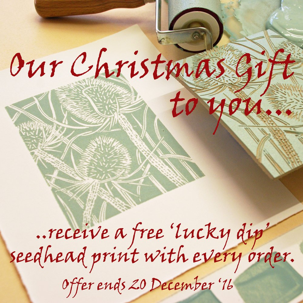 Q1. We've decided to spread some cheer & have just started a special free Christmas gift offer.@folksy #folksyhour https://t.co/T5u9TolRBO https://t.co/yskJuoNMVH