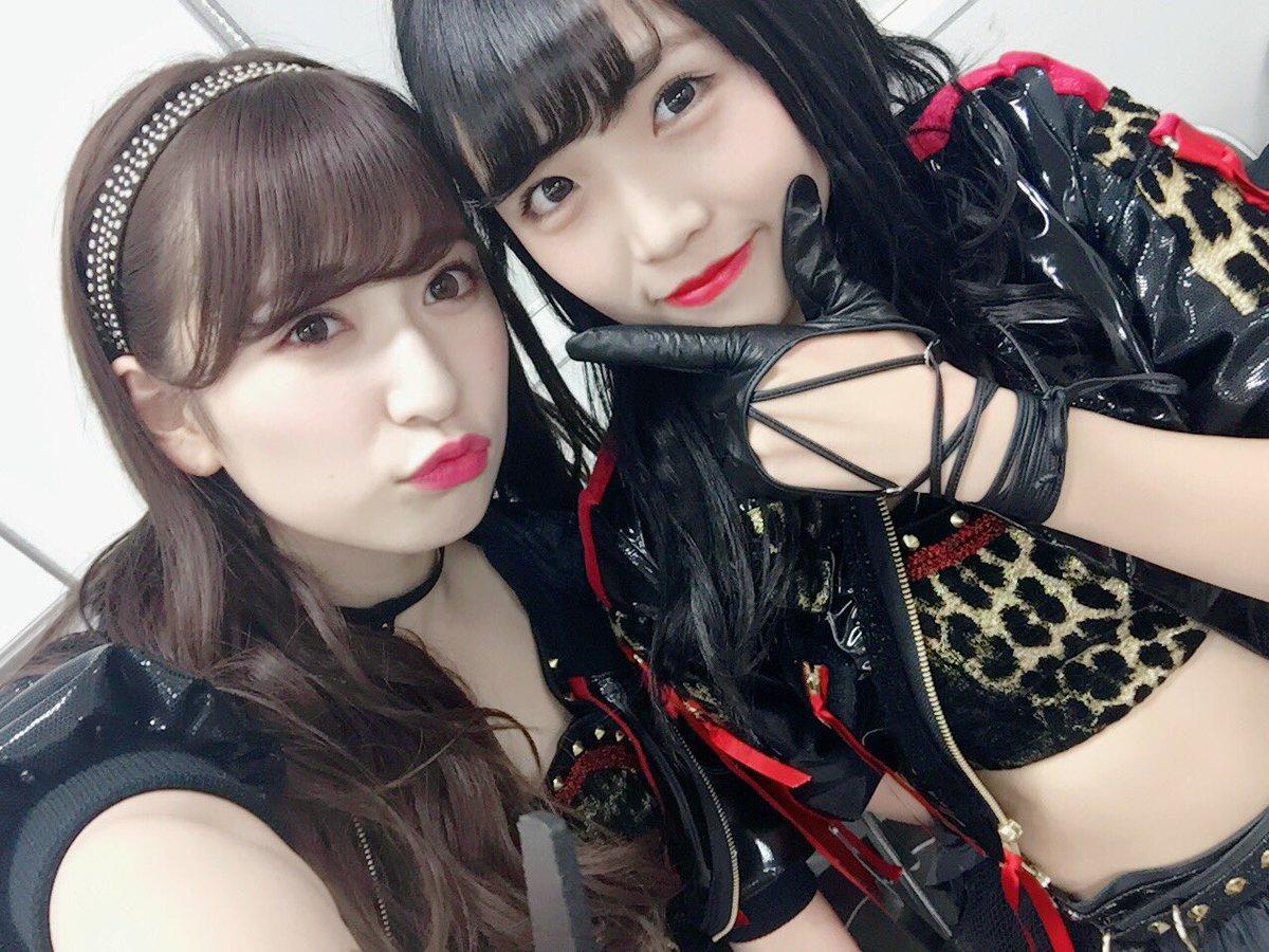 NMB48吉田朱里と植村梓の2ショット。