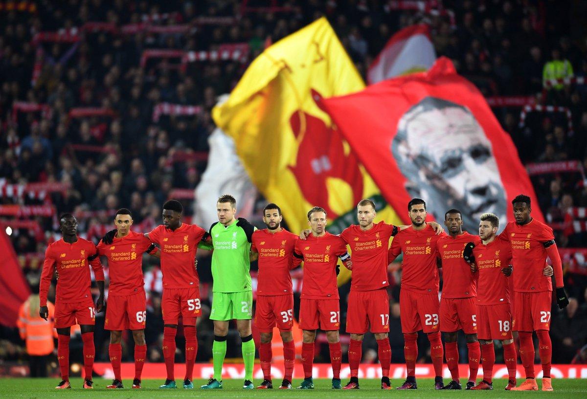 Hilo del Liverpool FC CydVrd6W8AAdCYH