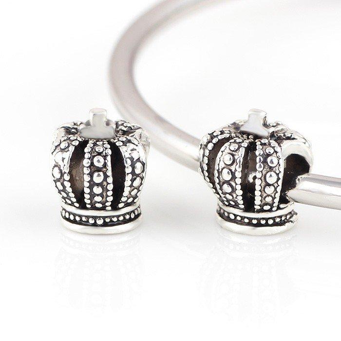 crown charm  https://www.ebay.co.uk/str/rubyredsky   pic.twitter.com/q2MFDZZ2EW  #gift  #birthday #jewellry #gadget