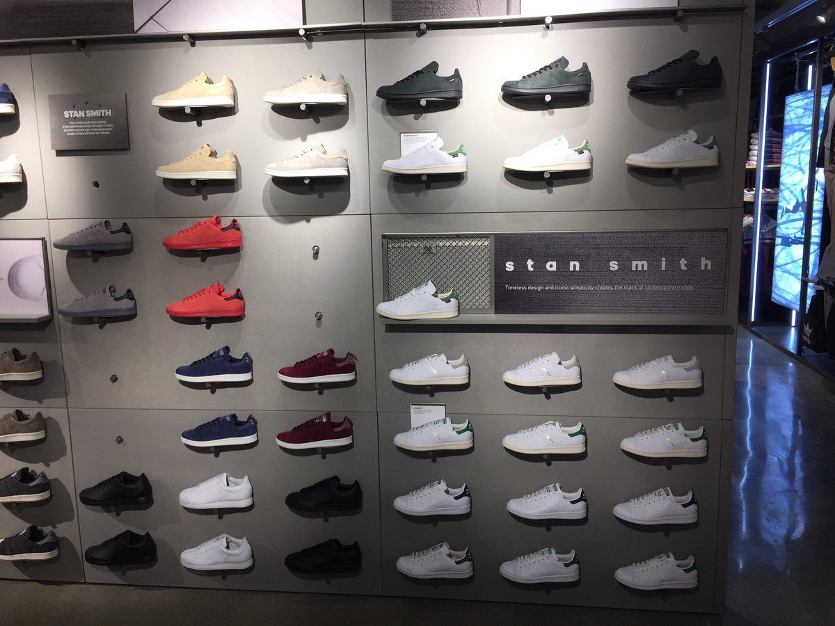 huge selection of ee262 6747b Thursday Stan Smith : Largest adidas store Thursday NYC Love ...