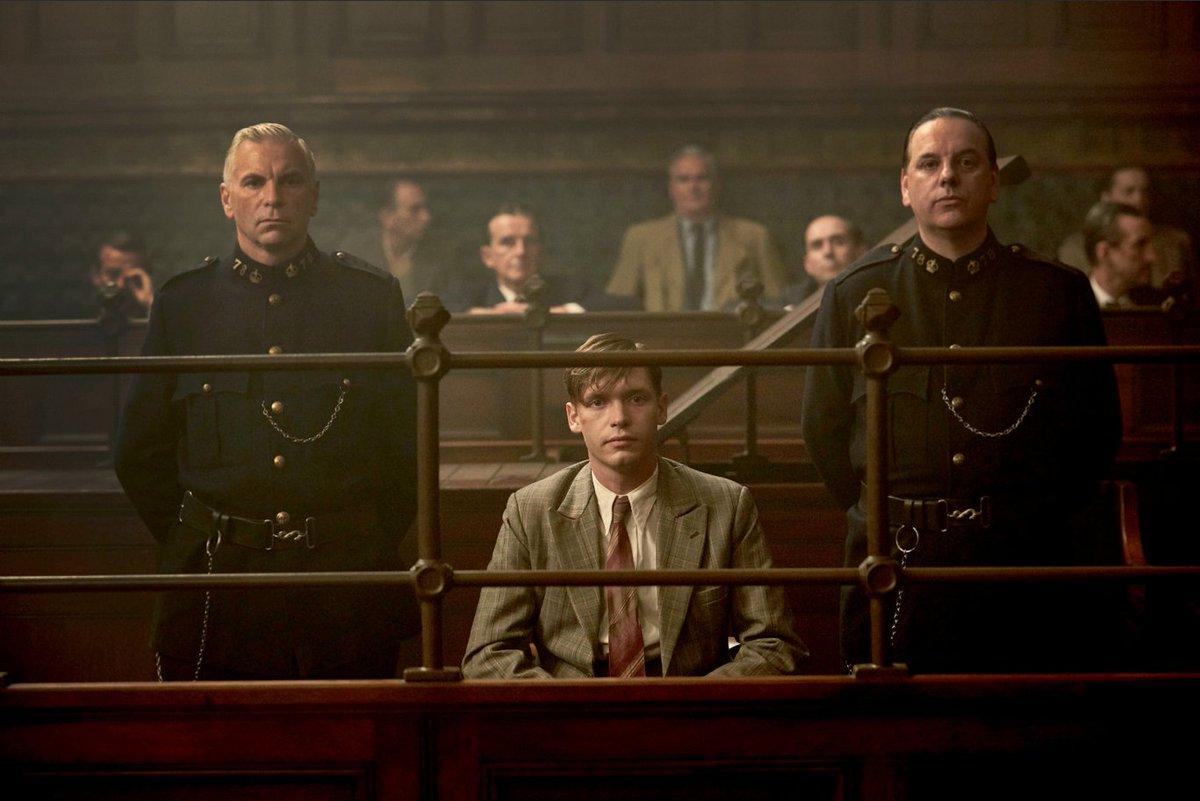 側 の 証人 検察