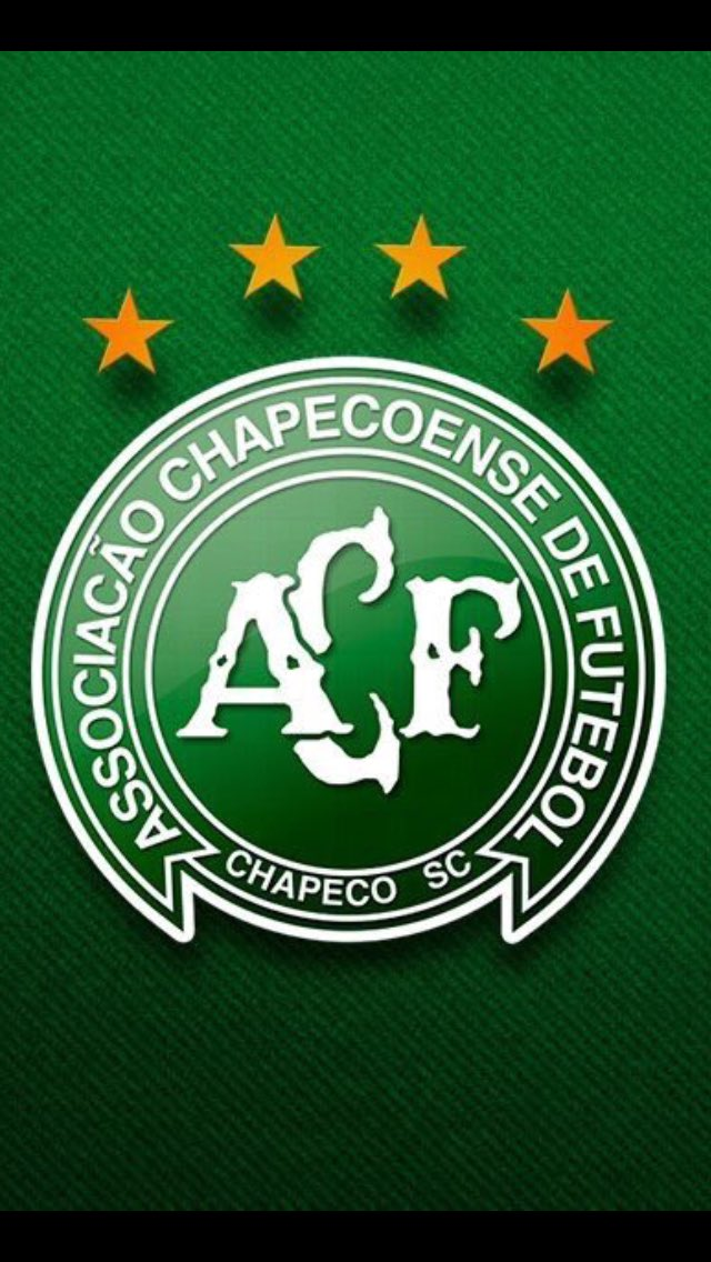 My thoughts are with the family and friends of #Chapecoense such sad news