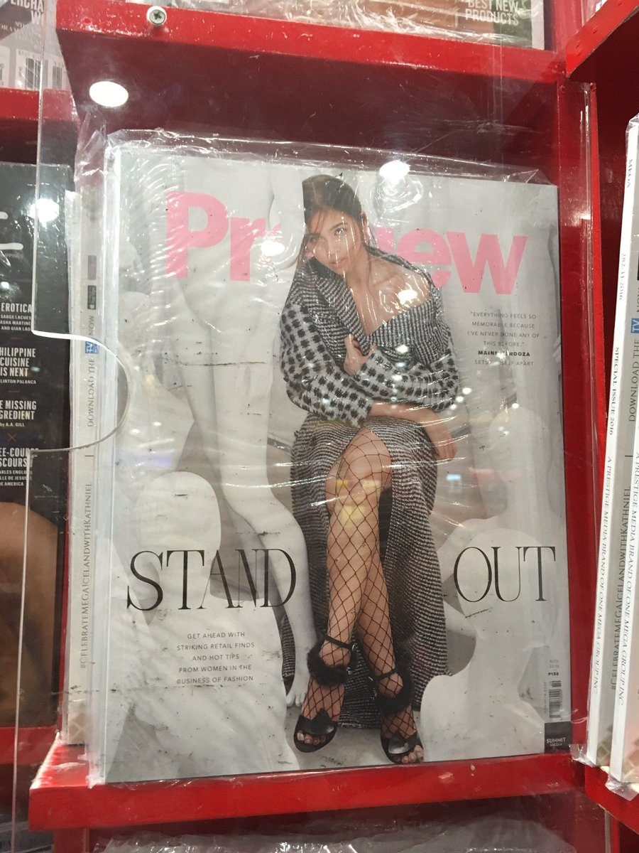 There are still copies at NBS Power Plant mall! #MaineForPreview @mainedcm<br>http://pic.twitter.com/kASuYdwYib