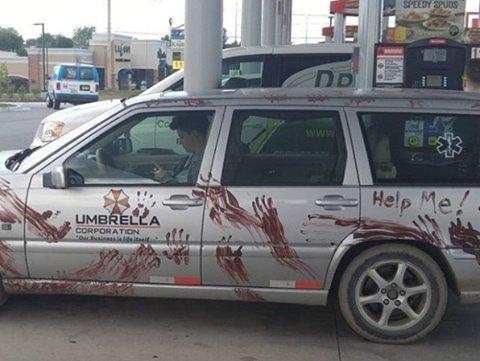 rock a gogo vpc on twitter classe la voiture ce mec doit tre un survivant de notre shop zombie d httpstcobx323h4jmp voiture zombie