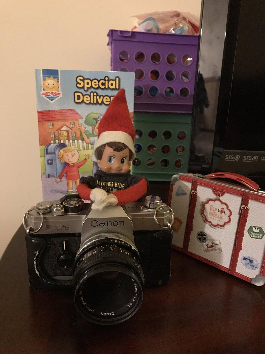 George borrowed one of my antique cameras last night...@MariaMccarrera https://t.co/iq9J9hdxoj
