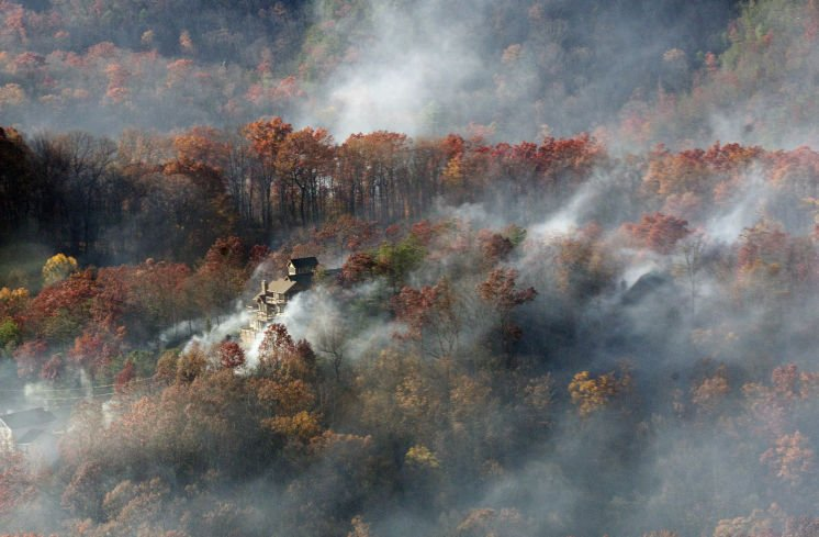 Fourth death reported in Tennessee wildfires as rain brings hope (w/video)