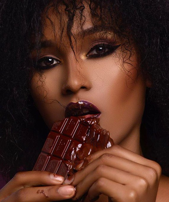 Does Chocolate Cause Acne? Esthechoc Could Change the Game
