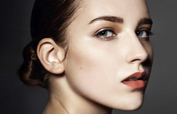 5 tricks to naturally gorgeous eyebrows