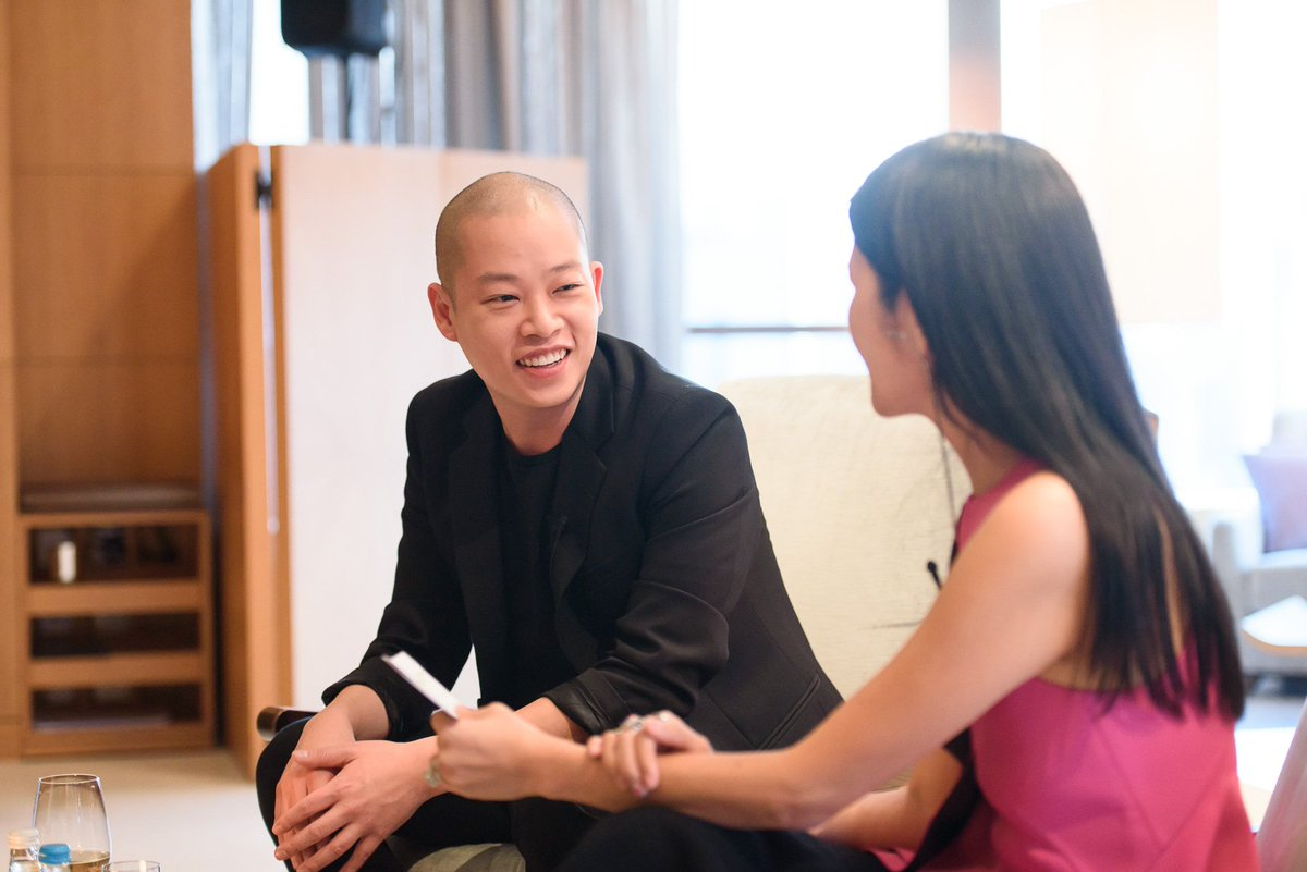 Truly enjoyed #Upclosewith Jason Wu and Grace Lam this week. Thank you all for joining us. Check out the live video on our Facebook https://t.co/wPfWgeTw7S