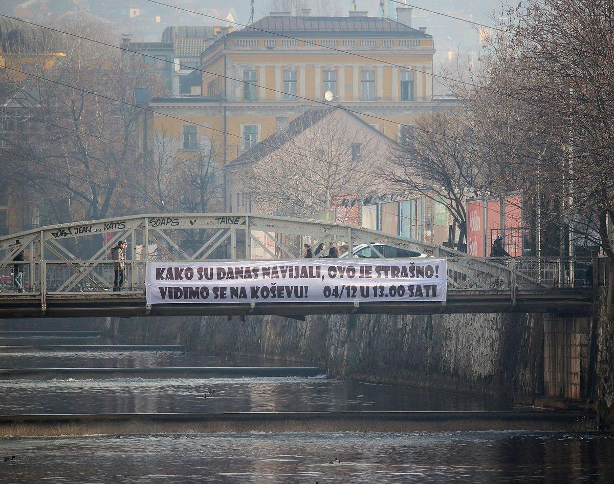 """FK Sarajevo on Twitter: """"Kako su danas navijali, ovo je strašno! #SviNaKoševo #FKSFKR 04//12//2016// u 13h #FKS @klixba https://t.co/tpXRsU1YpJ"""""""