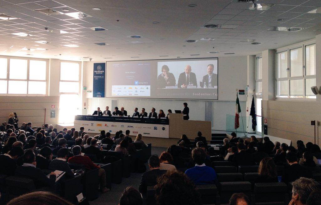 """Davide Pellegrini co-founder #TiFrutta #OEC16 """"4,5mln di italiani interessanti alla digitalizzazione degli sconti"""" https://t.co/t8Eu3RBZkr"""