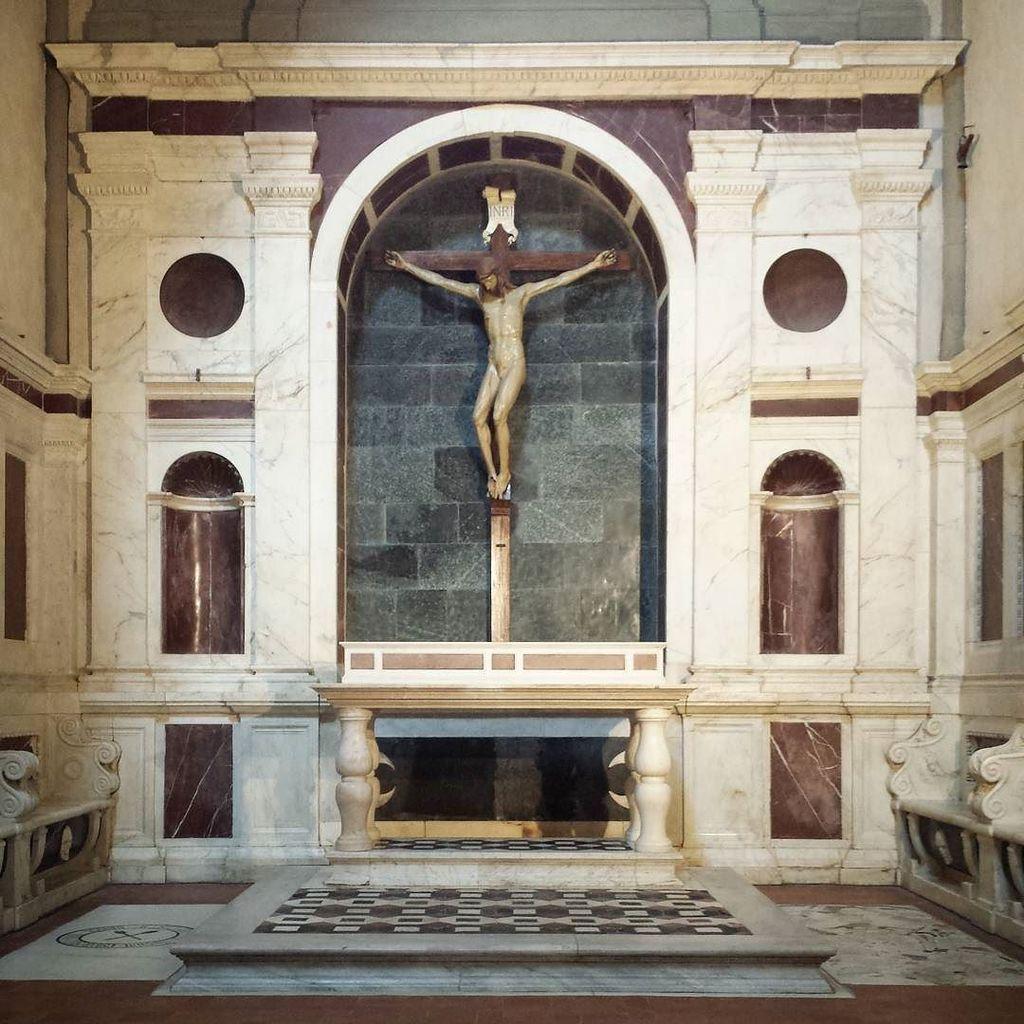 #santamarianovella #florence #architecture #giulianodasangallo #filippobrunelleschi #cruci… https://t.co/uJD48EdolY