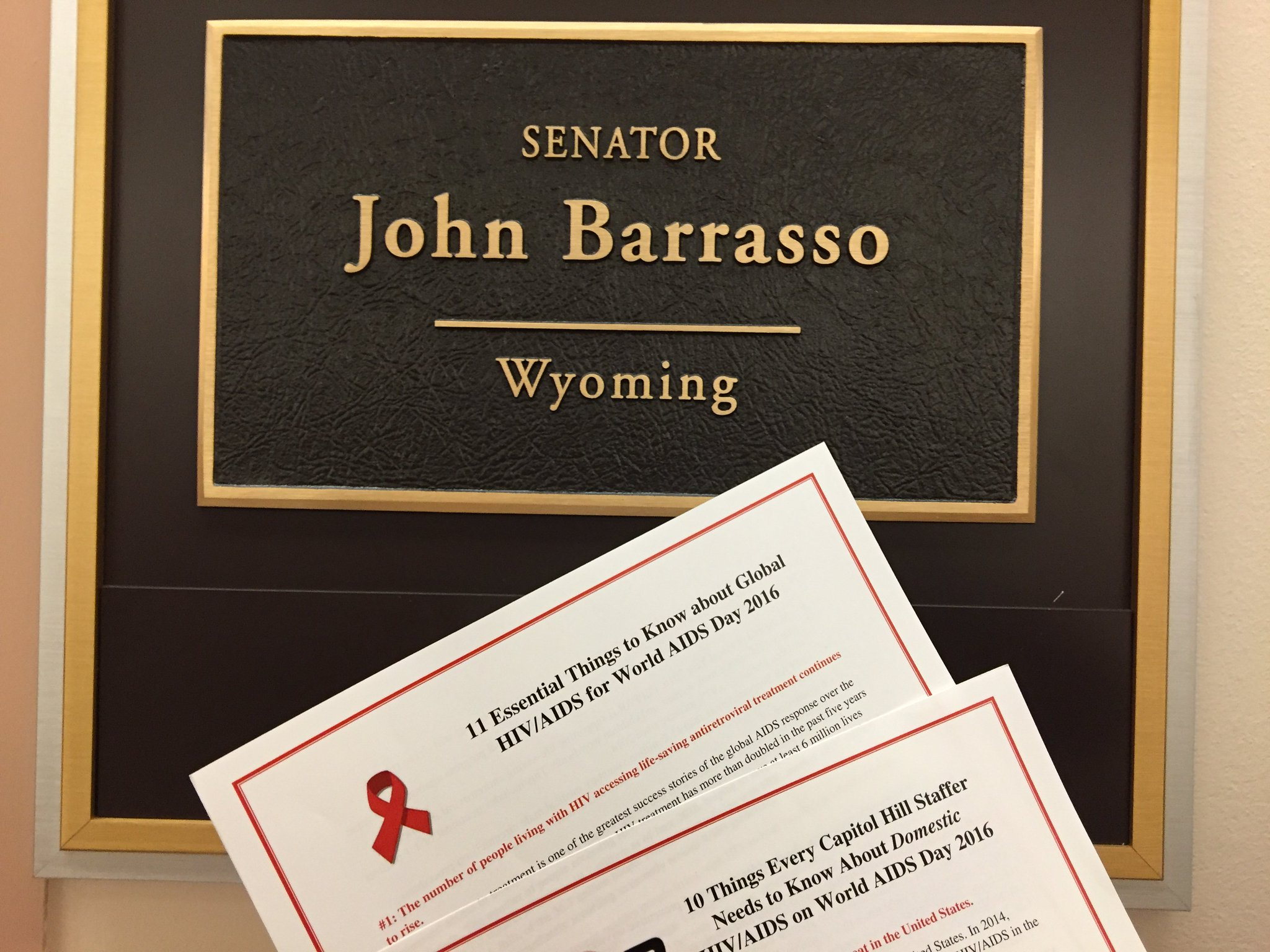 Thank you @SenJohnBarrasso for your work & efforts to #endAIDS! #WAD2016 https://t.co/xVrMFHfJag
