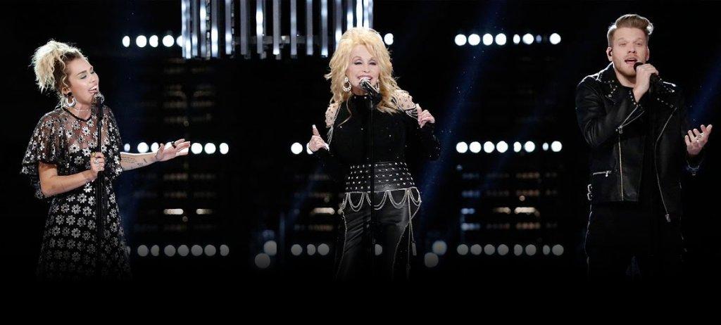 Jolene. Jolene. Jolene. *belts* J O L E N E!!  @DollyParton + @MileyCyrus + @PTXofficial update a classic → https://t.co/XrI6GmAJ6d https://t.co/lRzPiWJlrT