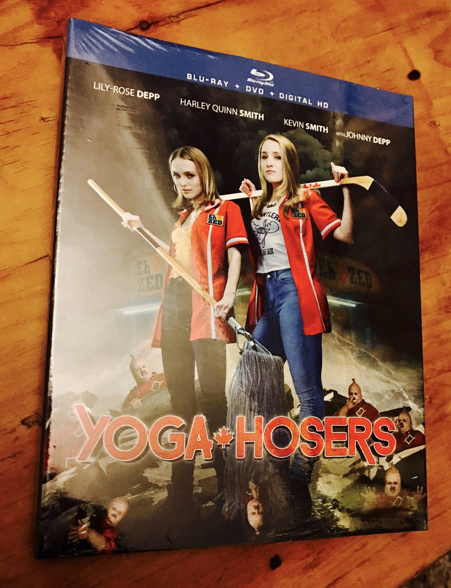 At last... it's landed in the UK.  About to make a start on @ThatKevinSmith's #Yogahosers Wish me luck... I've heard things about this one ! https://t.co/NrzX836Q5W