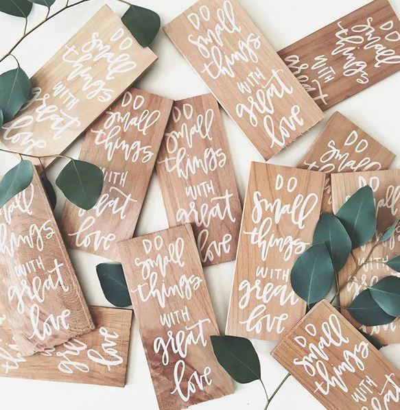 10 Modern DIY Wedding Favors