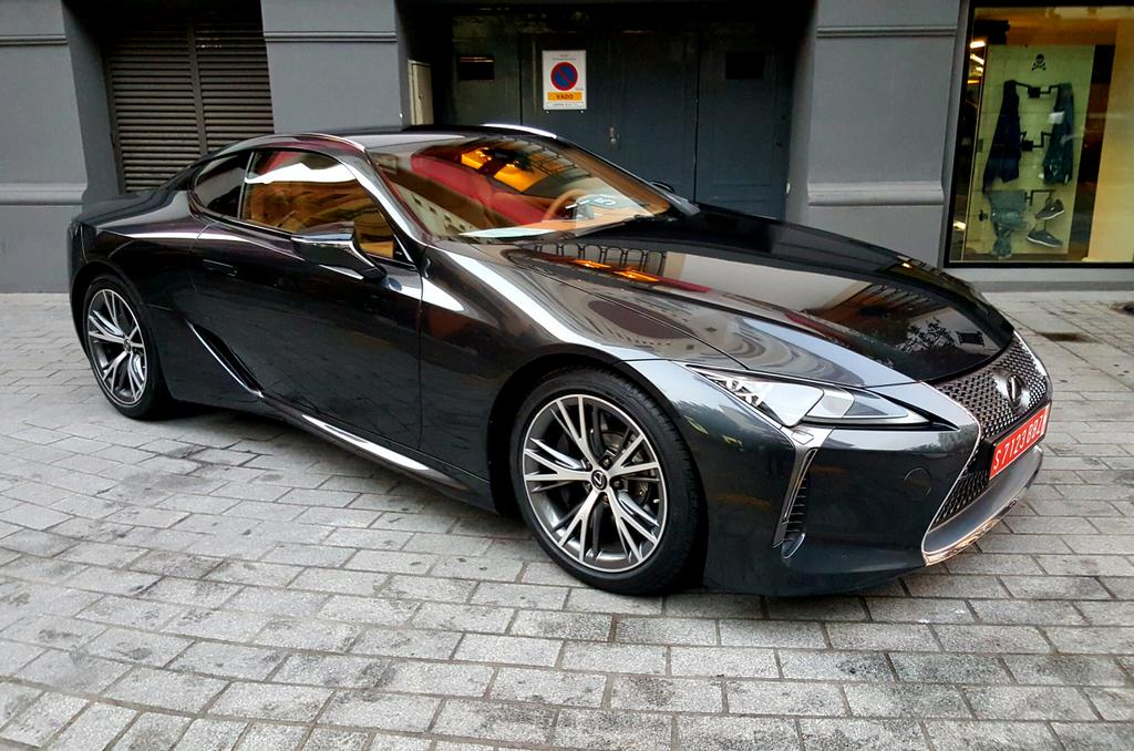 unveiled lexus lc 500 sport 2017 the really hot lexus. Black Bedroom Furniture Sets. Home Design Ideas