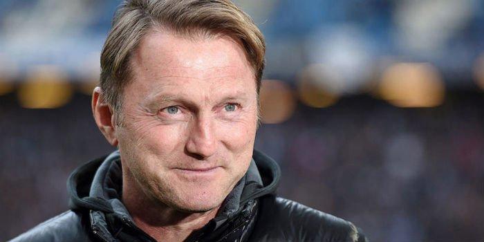 New: Leipzig boss Hasenhuttl confirms Arsenal contact https://t.co/MGT3i40MDB #arsenal #afc https://t.co/8lQwRVzgJ5