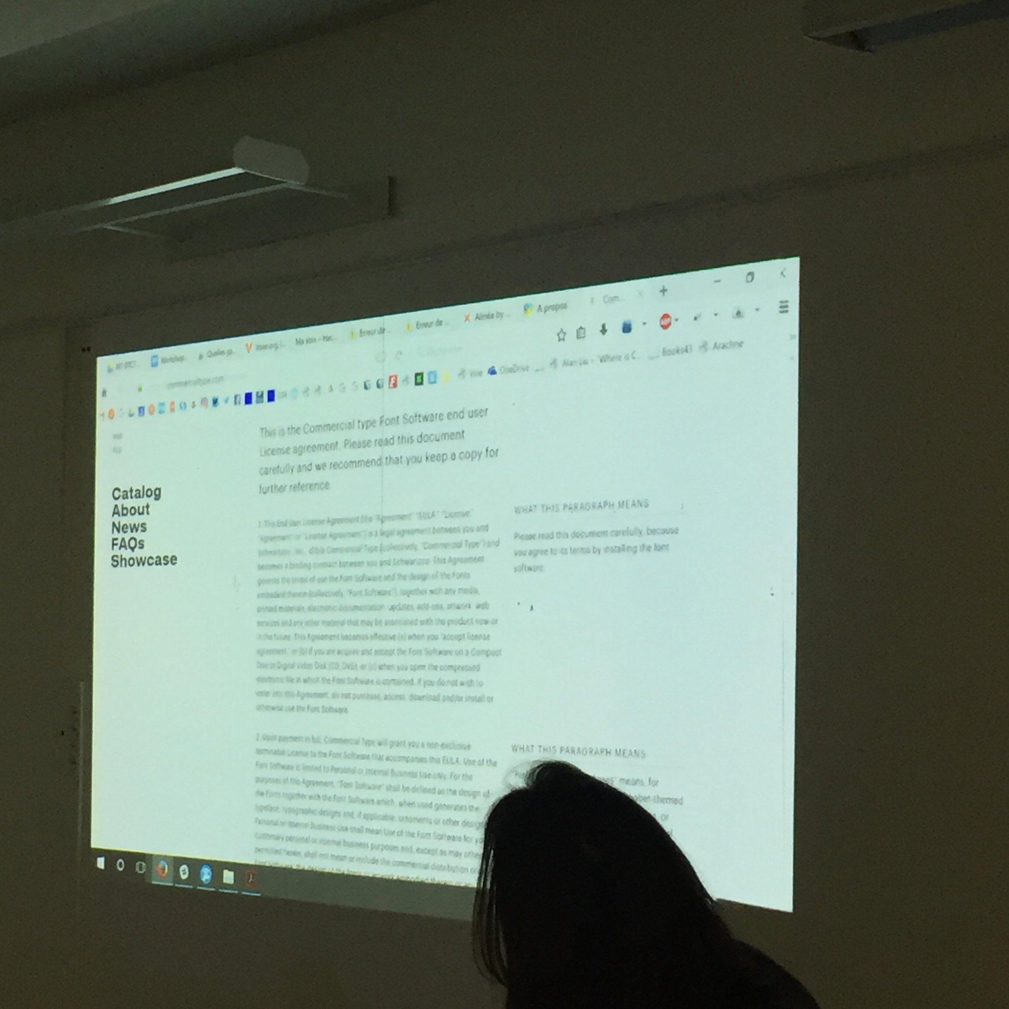 """Ex. intéressant de """"marge pédagogique"""" avec les #EULA de @commercialtype  /v @fadebiaye #DesignJustice https://t.co/FcC2QvqvHE"""