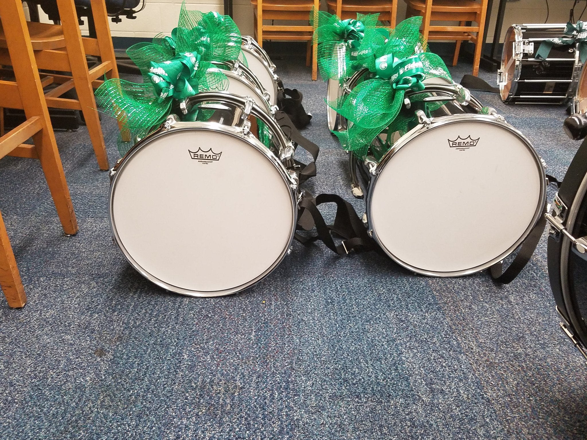 @Dunbar_HS band is about to get a huge surprise! New band equipment on the way!!! #FidelityCares2016 https://t.co/269zkuoeuo