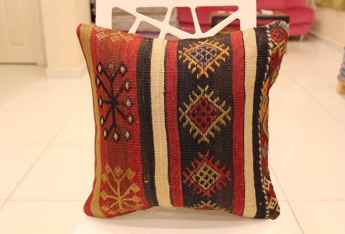 Kilim Pillow, Decorative Pillow, Wool pillow, Throw pillow, Cushion cover, Pillow cover, Handmade pillow, Design pillow, Vintage pillow