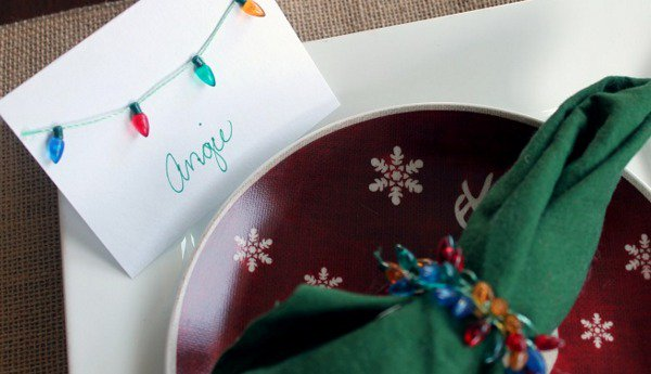Simple and Inexpensive DIY Christmas Place Cards