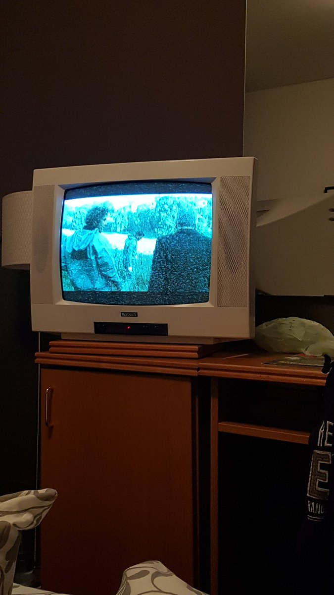 Genieße gerade 4k curved LCD SmartTV ❤